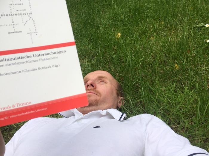 Markus im Gras